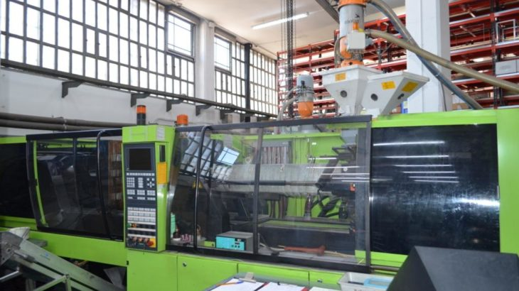Injection moulding machines for sale