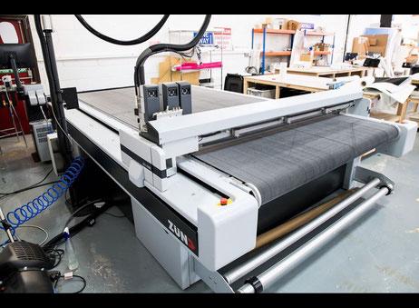 2017 Zund G3 L-3200 Digital Cutter / Cutting Table